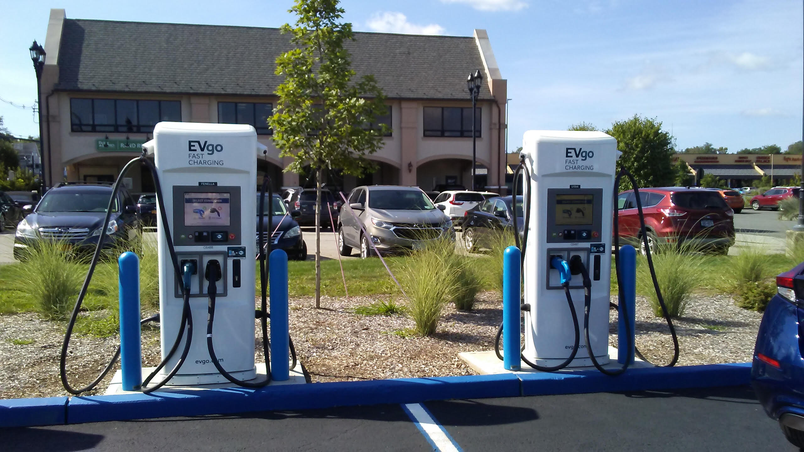 Electric Charging Stations at Simon Mall in Nanuet
